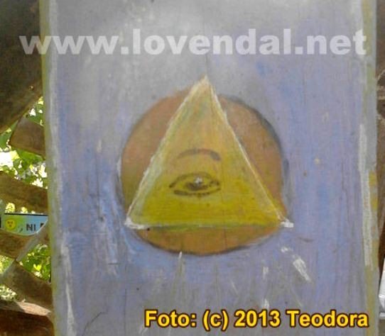 Illuminati in cimitir 1
