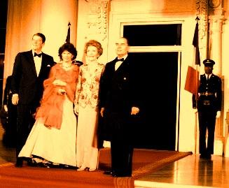 Reagan Mitterrand