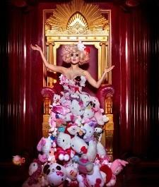 lady gaga pe tronul masonic