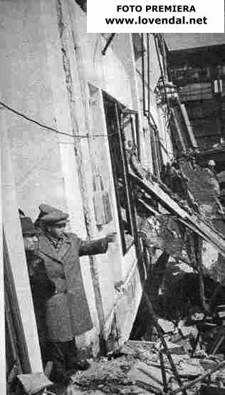 Ceausescu printre daramaturi