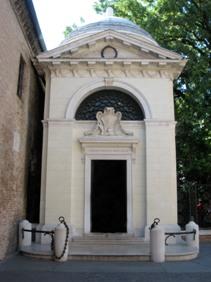 Mormantul lui Dante din Ravenna