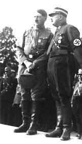 Hitler si Rohm, cand inca mai erau tovarasi