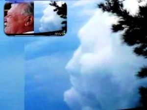 Chipul unui bărbat a fost văzut în nori cu două săptămâni înainte de moartea sa