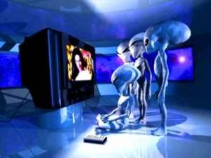 Edgar Mitchell, astronautul care a fost pe Lună, crede că extratereştrii există şi că guvernul ne ascunde acest lucru