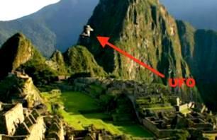 Un OZN incredibil a fost filmat deasupra oraşului sfânt al incaşilor, Machu Pichu. Şi ăsta o fi fals?