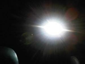 """Un teolog crede că """"lumina albă"""" de după moarte este un """"captator interdimensional de suflete"""" şi că iadul este pe Pământ"""