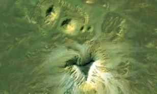 Au fost descoperite câteva noi piramide egiptene necunoscute, cu ajutorul lui Google Earth?