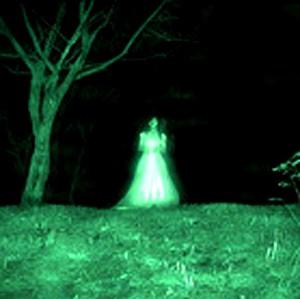 Vreţi să călătoriţi în timp, în trecut sau în viitor? Atunci trebuie mai întâi să muriţi, pentru a deveni fantome...