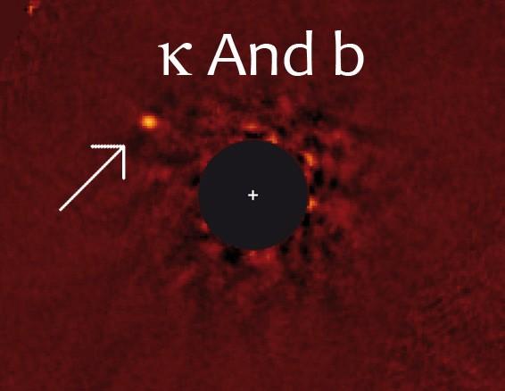 Astronomii au surprins o incredibilă imagine a unei planete mai mare ca Jupiter-ul, ce se află la 170 ani-lumină distanţă!