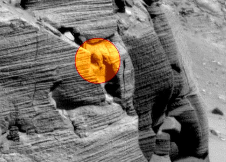 NASA a surprins o statuie egipteană pe Marte? Eroziune naturală sau capul unui extraterestru?