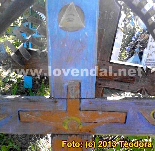 Illuminati in cimitir 2
