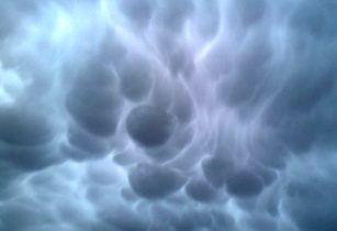 nori ciudati in Anglia