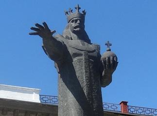 statuia lui Stefan cel Mare din Balti 2