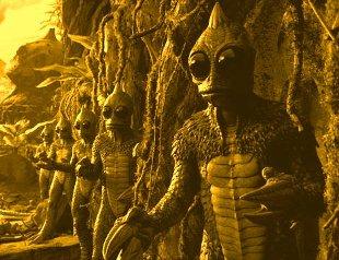 Prea multe mituri, legende şi povestiri străvechi în care apar tot felul de fiinţe reptiliene! Să nu-mi spuneţi că toate sunt doar fantezii...