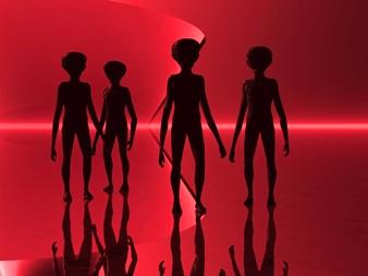 patru extraterestri