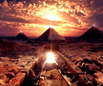 piramide egiptene cristal
