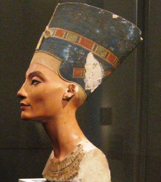 bustul lui Nefertiti