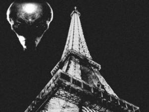 Turnul Eiffel din Paris vorbeşte cu extratereştrii! Ar putea fi aceasta destinaţia secretă a celebrei construcţii din capitala franceză?
