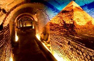 tuneluri piramide Egipt