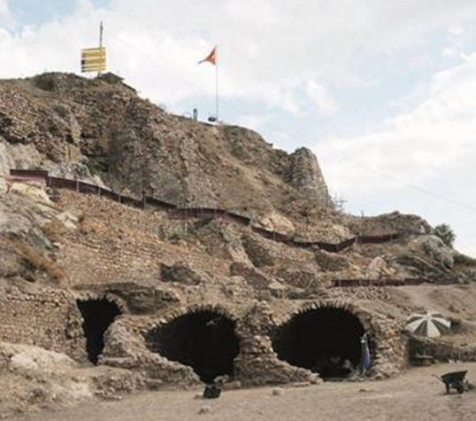 castelul Tokat 2