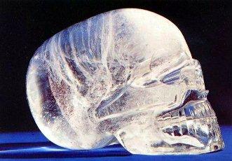 cranii de cristal