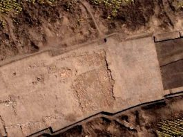 În Ucraina a fost descoperit un templu vechi de 6.000 de ani! În el au fost îngropate figurine ce seamănă cu extratereştrii!