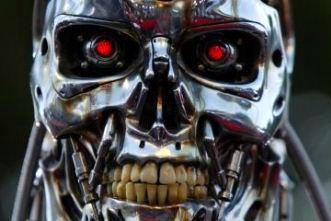 robot ucigas