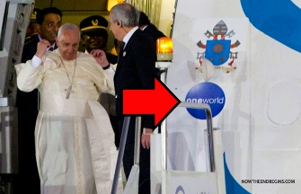 papa Francisc avion