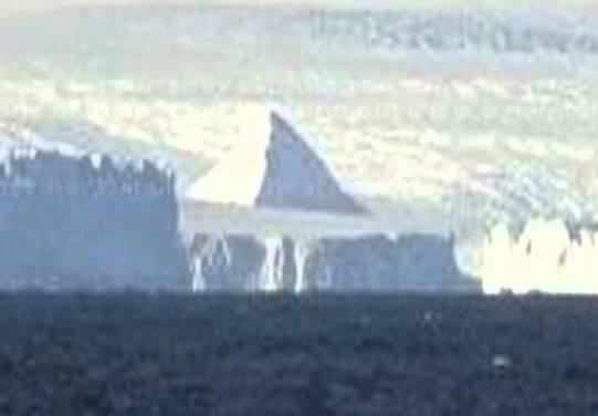 piramide Antarctica 2