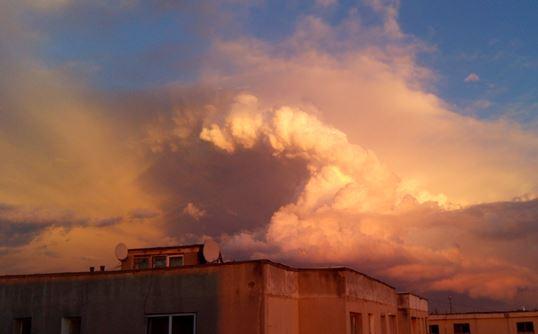 nori ciudati 2
