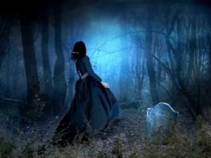 """""""Femeile în negru"""", misterioasele creaturi hibride de pe Pământ! Sunt demonice şi provoacă teamă celor cu care se întâlnesc..."""