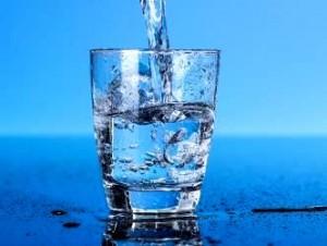 Americanii sunt mai deştepţi ca noi: cetăţenii unei regiuni din SUA refuză să ofere apele naturale spre concesiune marilor corporaţii! Bravo lor!