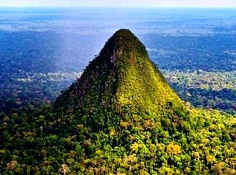 piramida Amazon