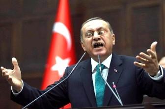 """Bună încercare, Erdogan, dar să ştii că nu-i poţi păcăli pe toţi! Preşedintele Turciei şi-a înscenat o lovitură de stat, pentru a se transforma într-un """"dictator-dumnezeu"""" al lumii musulmane..."""