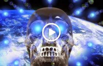 Misterioasele cranii de cristal din America Centrală, vechi de mii de ani... Ele au fost produse fie de vechea civilizaţie a Atlantidei fie de către fiinţe din alte sisteme solare!
