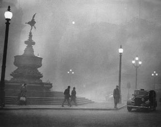 Misterul ceţii din Londra, care a omorât 12.000 de oameni în câteva zile, a fost în sfârşit dezlegat!