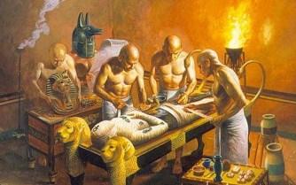 Secretul femeii romane îmbălsămate şi a lămpii care ardea de 1.500 de ani... Cunoşteau vechii egipteni sau romanii radioactivitatea?