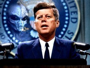 O ipoteză şocantă: preşedintele Kennedy e posibil să fi fost ucis de forţele oculte care se opun dezvăluirii existenţei extratereştrilor