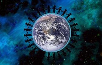 O posibilă istorie secretă a lumii: civilizaţia omenească superioară a existat cu sute de mii de ani în urmă, dar ea a fost distrusă de un cataclism nuclear! Urmaşii oamenilor de atunci au plecat pe alte planete sau stele...