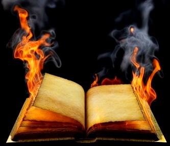 Conducătorii lumii au ars sute de mii de cărţi, manuscrise şi papirusuri pentru ca omenirea să nu-şi cunoască adevărata origine şi istorie