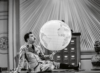 Enigma globului lui Hitler - unde a dispărut şi ce hărţi secrete conţinea el?