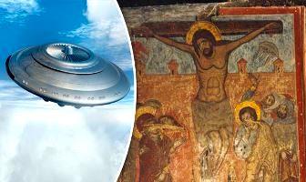 Această frescă veche dintr-o catedrală din Georgia demonstrează că extratereştrii au fost prezenţi la crucificarea lui Iisus?