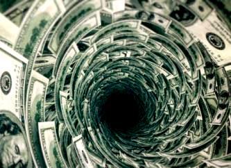 Datoria globală a ajuns la 217 de trilioane de dolari, iar bogaţii Illuminati se bucură de acest lucru... 8 bogaţi Illuminati deţin o avere cât 3,6 miliarde de oameni!