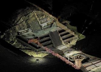 """Intrarea către """"lumea subterană"""" a fost descoperită de către arheologi sub misterioasa Piramidă a Lunii din Mexic"""