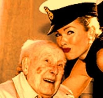"""Britanicul care a trăit 113 ani ne-a dezvăluit secretul longevităţii sale: a fumat, a băut whisky şi a făcut amor cu """"femei sălbatice"""""""