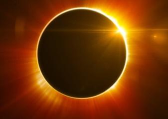 Eclipsa totală de Soare din 21 august 2017 – un semn rău pentru preşedintele Trump?
