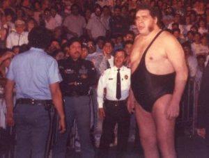 """Andre Gigantul, colosul de 2,24 metri şi 220 de kg - """"a opta minune a lumii"""""""