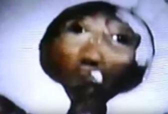 """""""Internetul întunecat"""" deţine fotografii uluitoare ale unui extraterestru capturat în Elveţia, în 1992"""