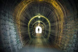 Celebrul profet Edgar Cayce ne spune misterul de după moarte: subconştientul devine conştient