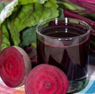 Celulele canceroase au murit în 42 de zile, dupa folosirea unui suc de legume inventat de un austriac